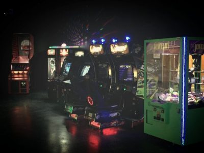 ARCADE GAMES AT PHAZER KRAZE LASER TAG
