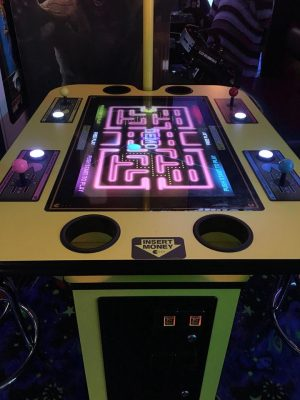 ARCADE MULTI-GAME CONSOLE AT FLASHBACK ARCADE
