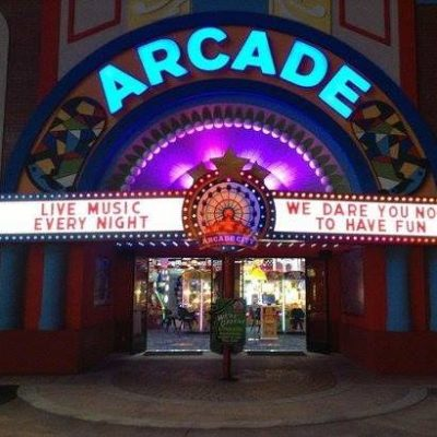 TN THROWBACK ARCADE